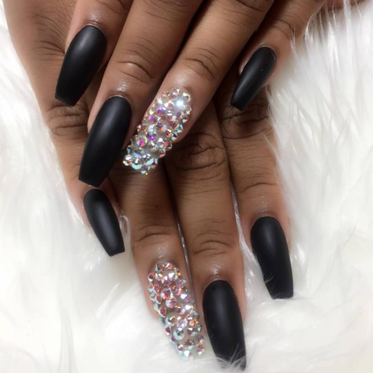 A Very Black 2017 Guide to Nail Salons for Summertime Chi • The TRiiBE