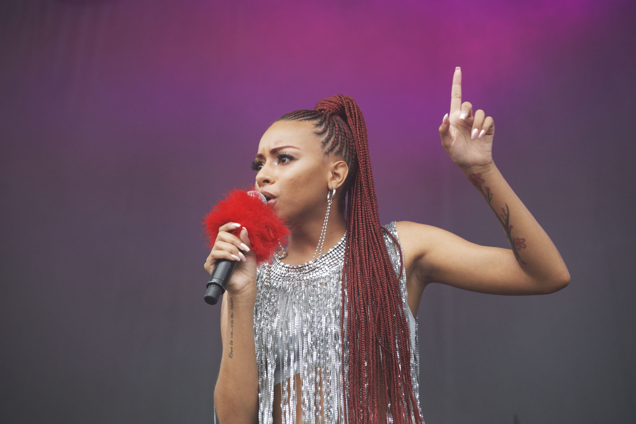 Ravyn Lenae jamming through her Pitchfork set | Photo by Nelson Okunlola (The TRiiBE)
