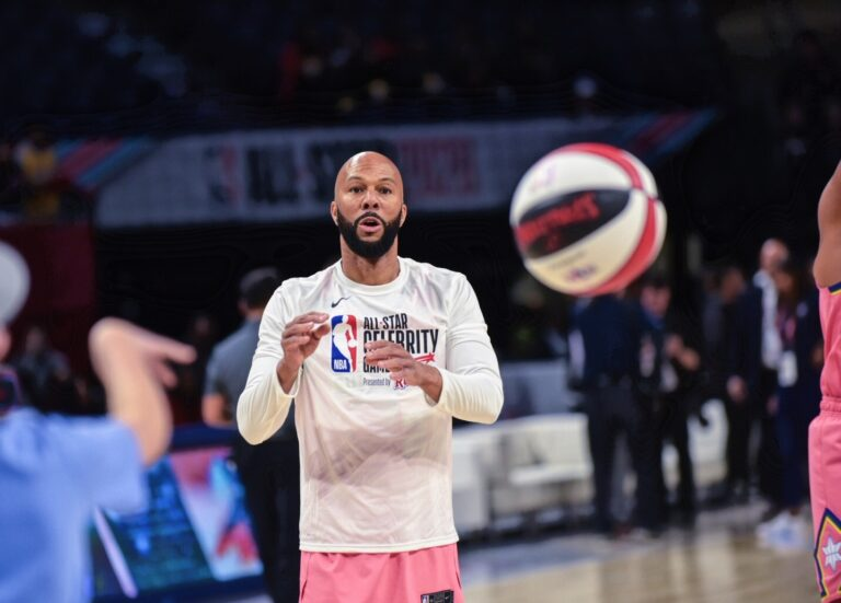 Common doing some drills during Celebrity Game practice
